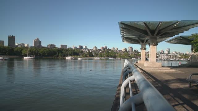 Commuter-Ferry-False-Creek-Vancouver-4K-El
