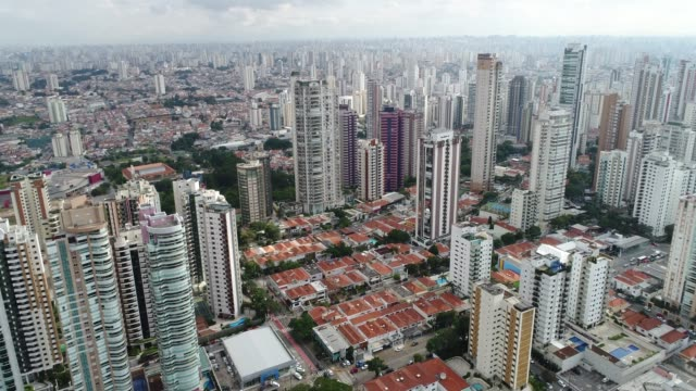 Vista-aérea-de-Sao-Paulo-Brasil