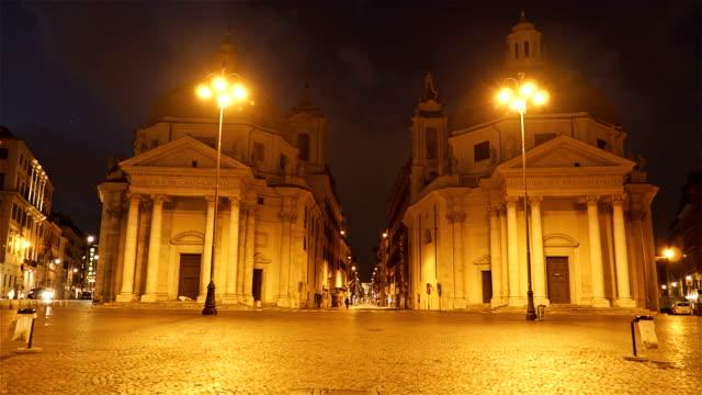 Edifices-Of-Santa-Maria-In-Montesanto-On-Piazza-Del-Popolo---Hyper-Lapse