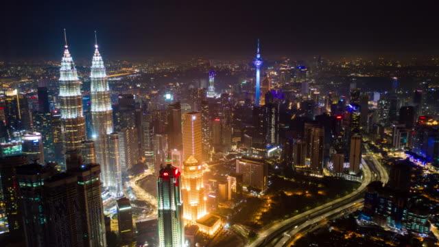 Nacht-Kuala-Lumpur-Verkehrsstraße-aerial-Panorama-Zeitraffer-4k-Malaysia