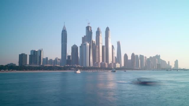 dubai-marina-panoramic-time-lapse