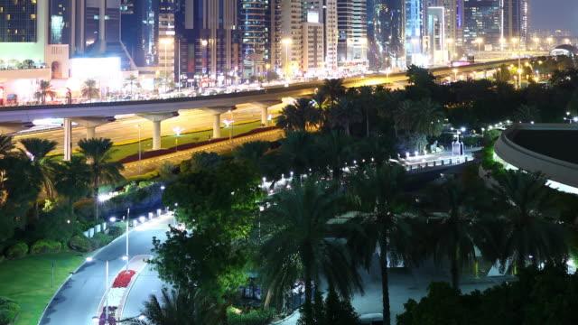 Luz-de-noche-bridge-time-lapse-de-dubai