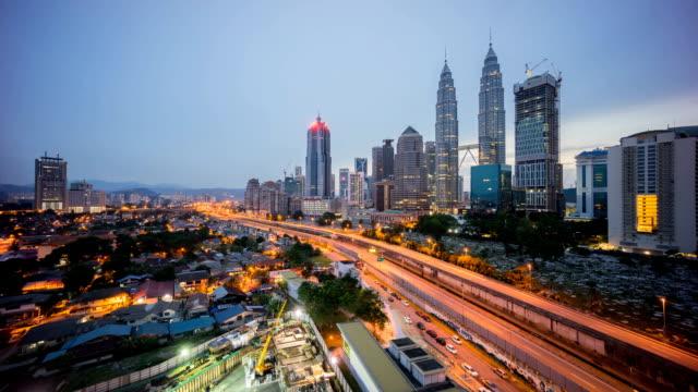 lapso-de-tiempo-de-salida-del-sol-espectacular-en-la-ciudad-de-Kuala-Lumpur-