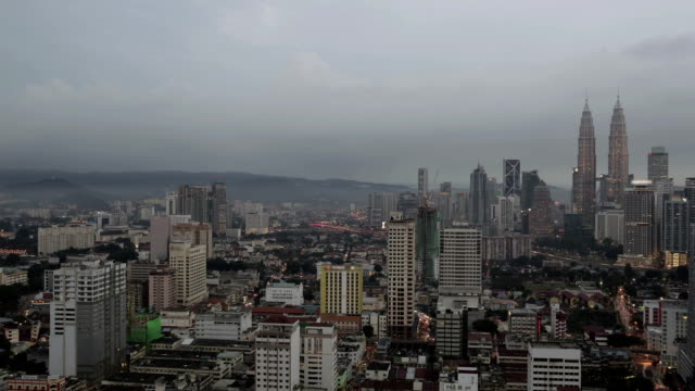 Timelapse-de-la-noche-a-Kuala-Lumpur-Malasia