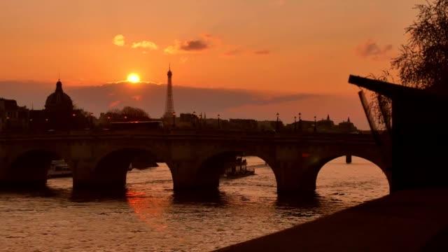 Atardecer-en-la-Seine-París-Francia