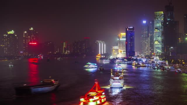 luz-de-noche-de-Shangai-tráfico-del-agua-k-4-tiempo-transcurrido-desde-la-azotea