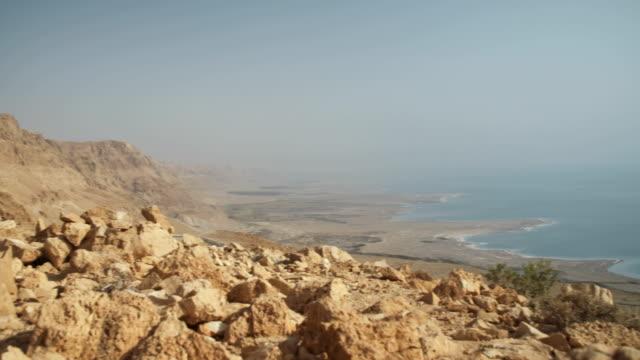Wüste-bestaunen-am-Toten-Meer-in-Israel