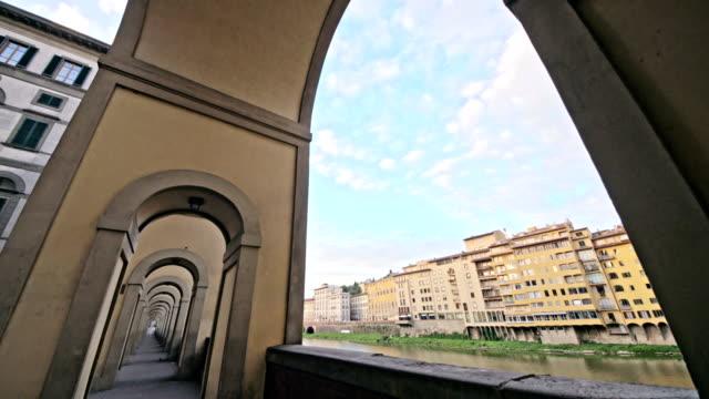 "Ponte-Vecchio-bridge-in-Florence,-Italy.-The-Ponte-Vecchio-(""Old-Bridge"")-is-a-Medieval-stone-closed-spandrel-segmental-arch-bridge-over-the-Arno-River,-in-Florence,-Italy."