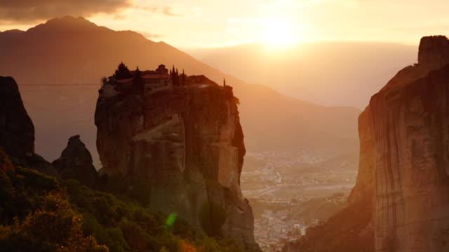 Sunset-over-Trinity-monastery-in-Meteora-Greece