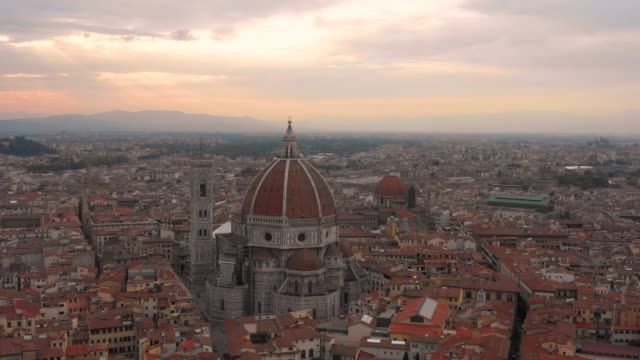 Dome-of-Florence---Aerial-at-Sunset