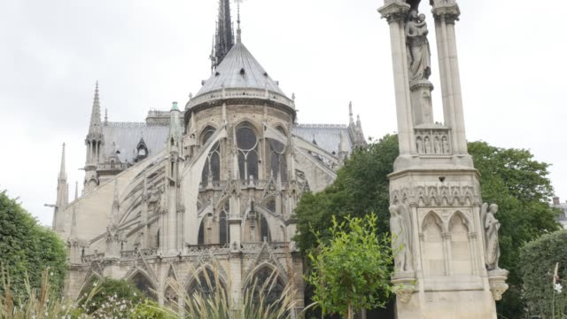 Detailed-Notre-Dame-Cathedral-located-in-French-capital-Paris-slow-tilt