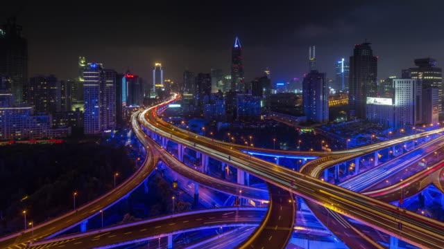 Nachtlicht-shanghai-strapazierter-Austausch-Kreuzung-4k-Zeitraffer