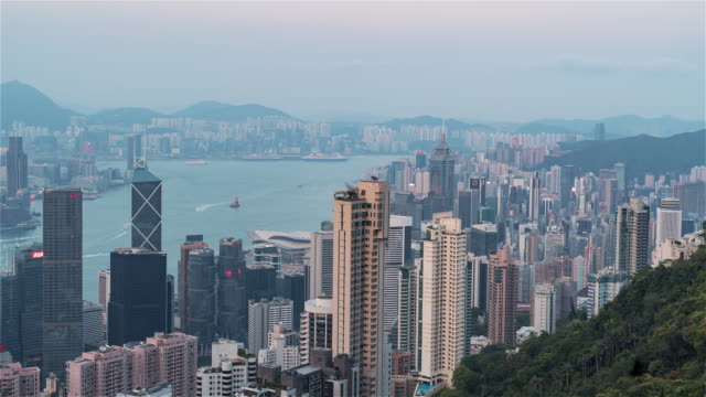 Hong-Kong,-China,-Timelapse----The-Downtown-Hill-from-Day-to-Night-as-seen-from-Victoria-Peak
