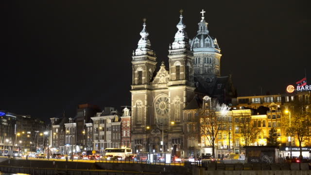 a-night-shot-of-basilica-st-nicholas-in-amsterdam