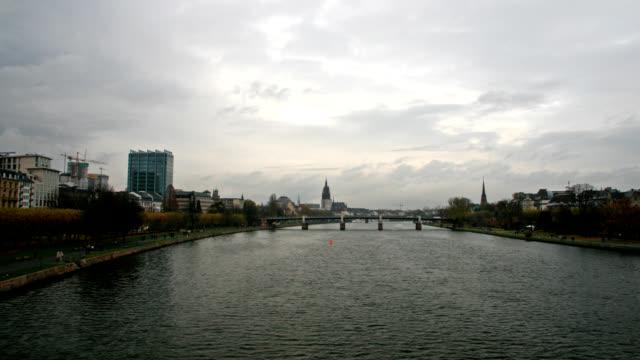 Río-Main-de-Frankfurt-Alemania