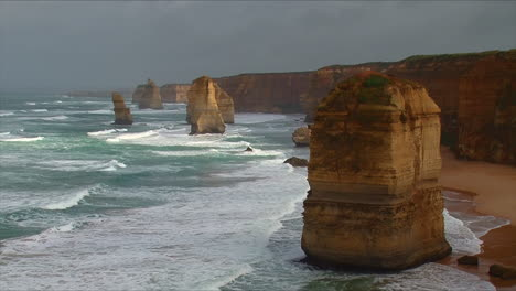Establishing-shot-of-the-12-Apostle-rock-formations-along-the-Great-Ocean-Road-of-Victoria-Australia-2