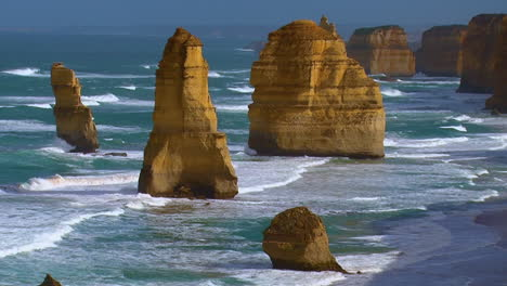 Establishing-shot-of-the-12-Apostle-rock-formations-along-the-Great-Ocean-Road-of-Victoria-Australia-3