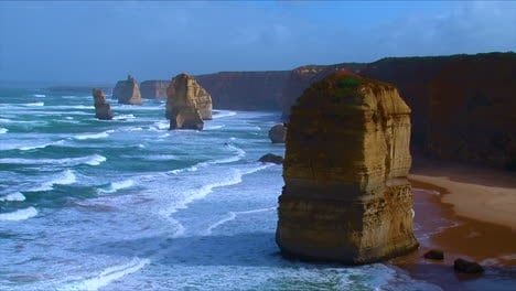 Establishing-shot-of-the-12-Apostle-rock-formations-along-the-Great-Ocean-Road-of-Victoria-Australia-4