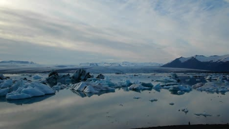 A-vast-blue-glacier-lagoon-in-the-interior-of-Iceland-1