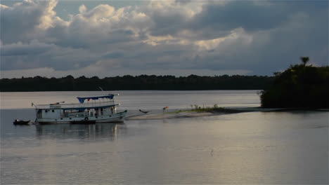 River-boats-come-into-a-small-harbor-on-the-Amazon-River-in-Brazil