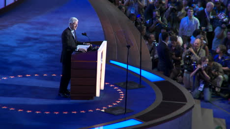 Bill-Clinton-Gives-Delivers-A-Pro-Barack-Obama-Speech-At-The-2008-Democratic-National-Convention-In-Denver-Colorado-1