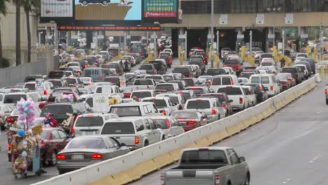 Cars-Wait-At-The-Us-Mexico-Border-To-Cross-Back-Into-The-United-States-From-Tijuana