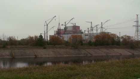 Destruction-surrounds-the-nuclear-reactor-at-Chernobyl-in-the-Ukraine
