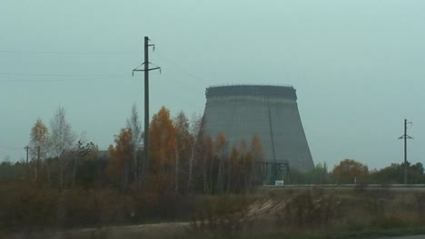 The-abandoned-ruins-of-the-Chernobyl-nuclear-power-plant-1