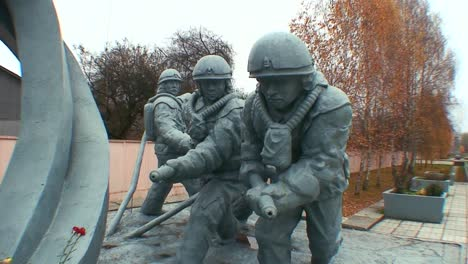 A-monument-honors-the-heros-of-the-Chernobyl-nuclear-disaster