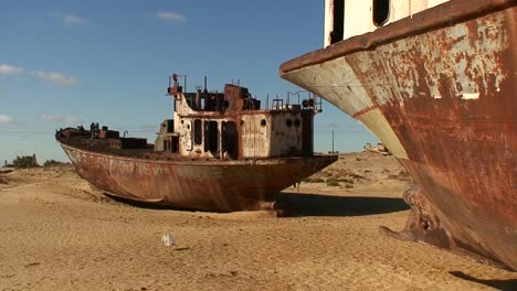 Old-abandoned-ships-signify-the-ecological-disaster-that-is-the-Aral-Sea-in-Kazakhstan-or-Uzbekistan