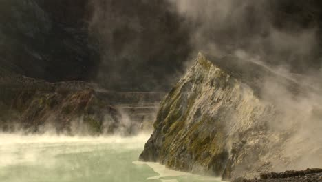 Steam-rises-from-volcanic-vents-in-a-crater-on-the-small-New-Zealand-Island-of-Whaakari-2