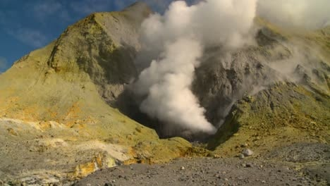 Steam-rises-from-volcanic-vents-in-a-crater-on-the-small-New-Zealand-Island-of-Whaakari-3
