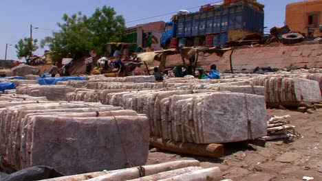 Goods-are-bundled-and-shipped-in-Mali-Africa