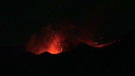 The-Cabo-Verde-volcano-erupts-at-night-in-spectacular-fashion-on-Cape-Verde-Island-off-the-coast-of-Africa-1
