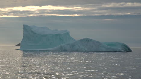 An-iceberg-floats-in-the-Arctic