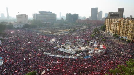 Crowds-gather-in-Tahrir-Square-in-Cairo-Egypt