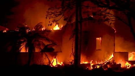 A-House-Burns-At-Night-During-The-Holiday-Fire-In-Goleta-California-3
