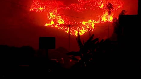 Santa-Ana-Winds-Fuel-The-Inferno-Of-Flames-At-Night-In-The-Hills-Above-Ventura-And-Santa-Barbara-During-The-Thomas-Fire