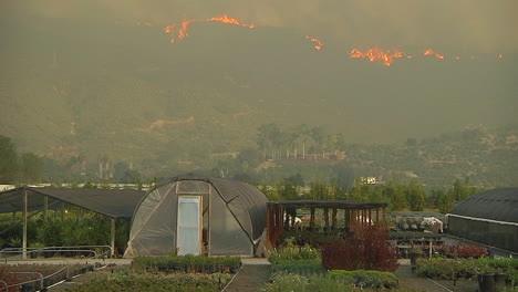 The-Thomas-Fire-Burns-Out-Of-Control-In-The-Hills-Behind-Carpenteria-California