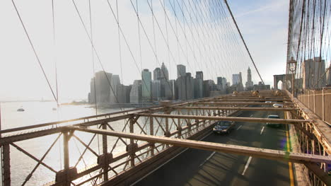 Brooklyn-Bridge-Cars-01