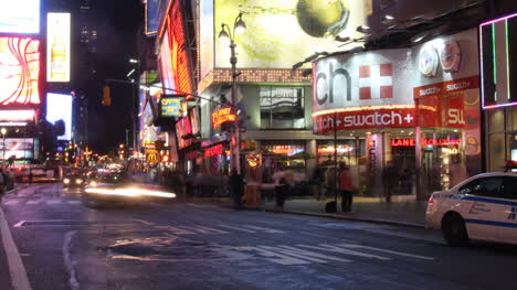 Times-Square-Night-00