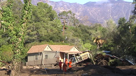 Fire-Crews-Inspect-Damage-From-The-Mudslides-In-Montecito-California-Following-The-Thomas-Fire-Disaster-1