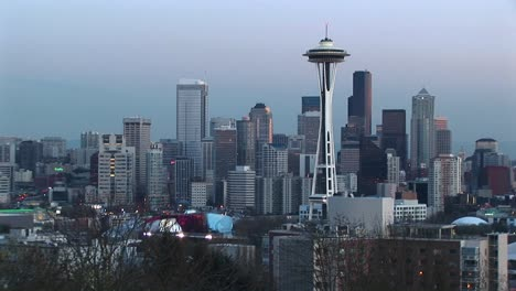 Aerial-View-Of-Seattle-S-Landmark-Space-Needle-And-The-Cluster-Of-Skyscrapers-Surrounding-It