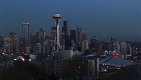 A-Look-At-Seattle-S-Stunning-Skyline-With-Its-Landmark-Space-Needle-During-The-Goldenhour
