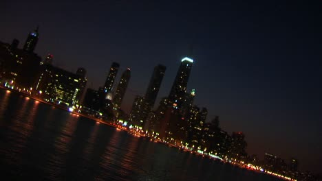 A-Sweeping-Angled-View-Of-Chicago-At-Night-From-The-Lakefront