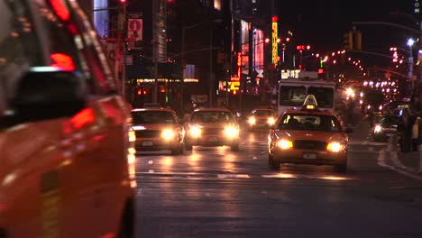 The-Oncoming-Traffic-Never-Seems-To-Stop-In-New-York-City