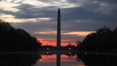 A-Goldenhour-Shot-Of-The-Washington-Monument-In-Silhouette