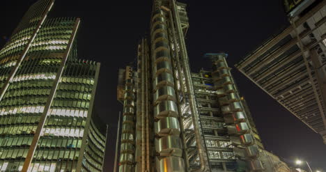 Lloyds-Night-4K-00