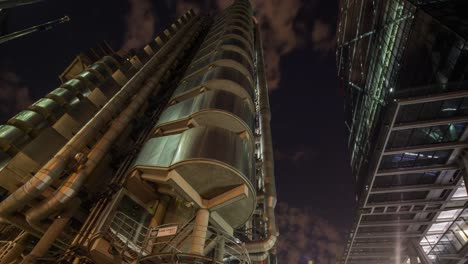 Lloyds-Night-4K-03
