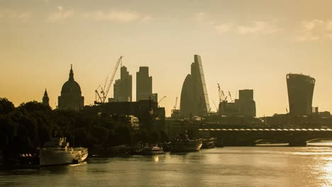 Waterloo-Bridge-Gherkin-4K-07
